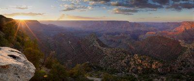 Grand View Sunset, Grand Canyon, Arizona (Sun rays panoramic)