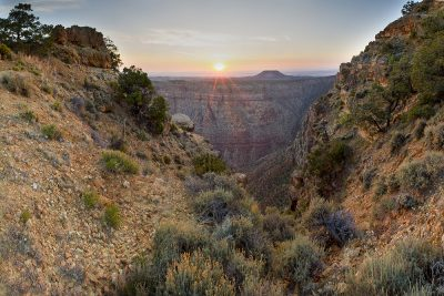 Sunrise - Desert View, Grand Canyon, Arizona (Sun Rays)